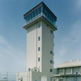 座間米軍管制塔